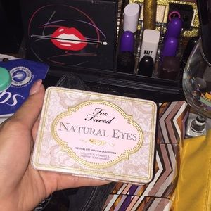 Too Faced Eye Shadow Palette